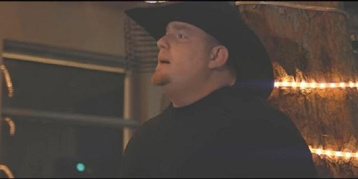 Американский певец застрелился на съемках клипа (видео) Подробнее читайте на Юж-Ньюз: http://xn----ktbex9eie.com.ua/archives/45245
