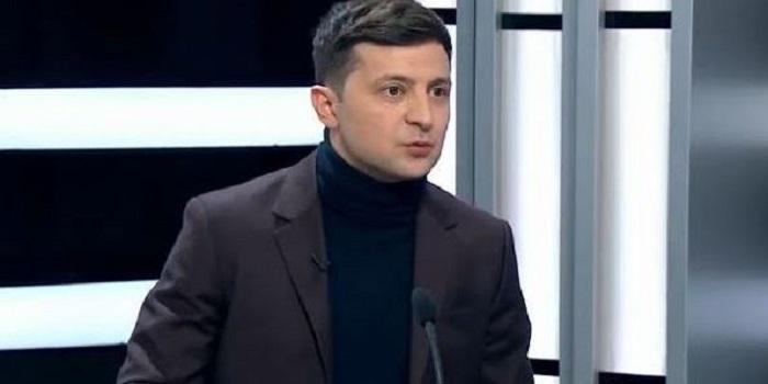 Зеленский отказался от дебатов с Порошенко и озвучил «причину» своего решения — политтехнолог Подробнее читайте на Юж-Ньюз: http://xn----ktbex9eie.com.ua/archives/46378