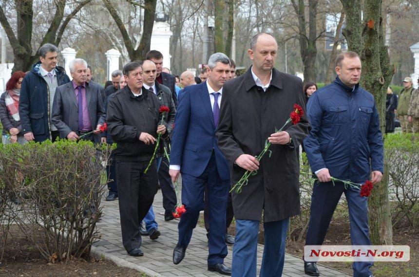 В Николаеве почтили память жертв нацизма. Фото.  Подробнее читайте на Юж-Ньюз: http://xn----ktbex9eie.com.ua/archives/47540