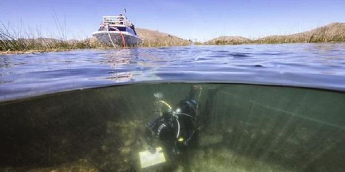 В озере Титикака нашли артефакты древней цивилизации (фото) Подробнее читайте на Юж-Ньюз: http://xn----ktbex9eie.com.ua/archives/46599