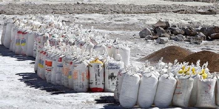 На берег Черного моря выбросило более 100 кг кокаина Подробнее читайте на Юж-Ньюз: http://xn----ktbex9eie.com.ua/archives/47064