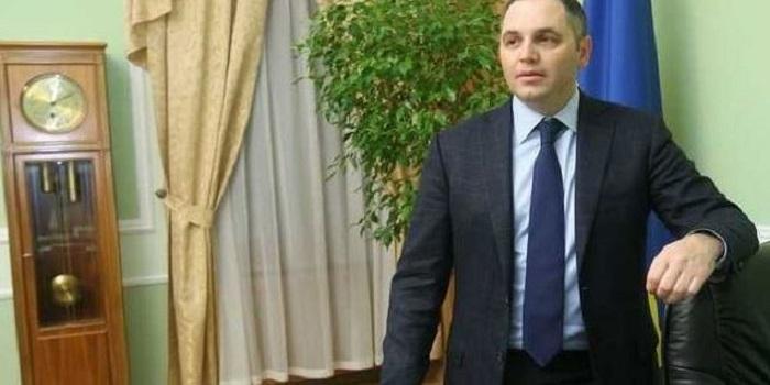 Портнов подал первое заявление на Порошенко за отправку кораблей в Керченский пролив Подробнее читайте на Юж-Ньюз: http://xn----ktbex9eie.com.ua/archives/51746