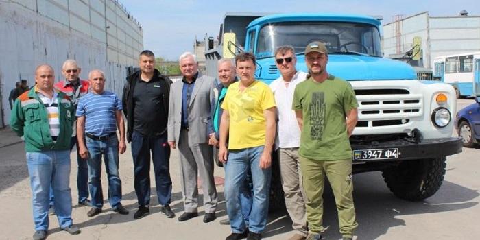 Южно-украинские атомщики передали военным очередную отремонтированную технику Подробнее читайте на Юж-Ньюз: http://xn----ktbex9eie.com.ua/archives/51320