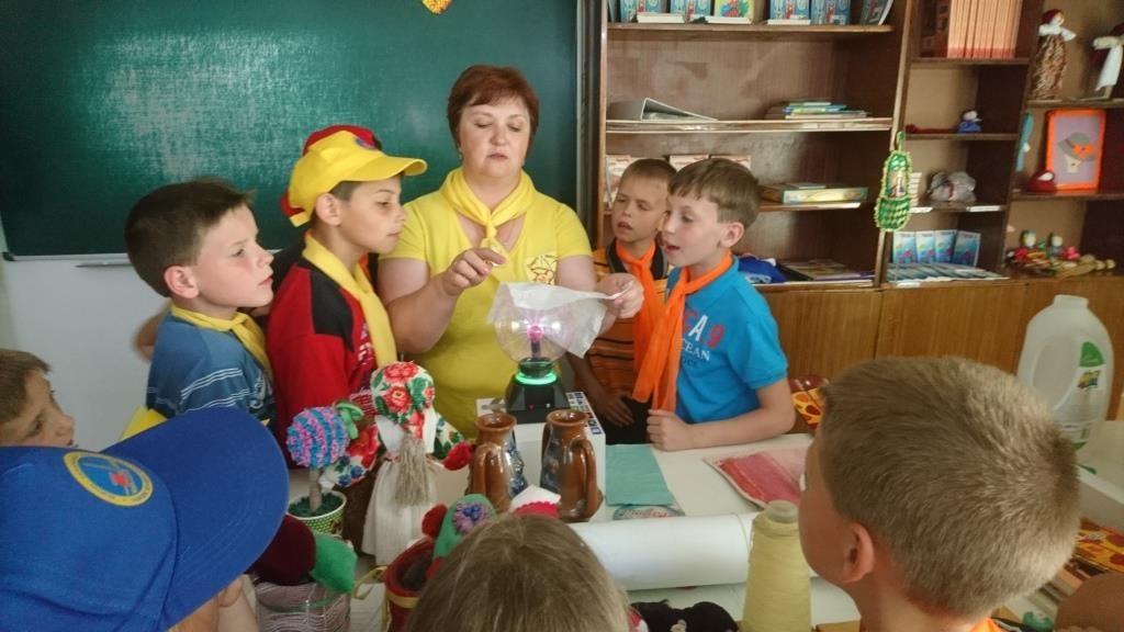 Южно-украинские атомщики привезли SТЕМ-проект подшефным Березковской школы-интерната  Подробнее читайте на Юж-Ньюз: http://xn----ktbex9eie.com.ua/archives/52720