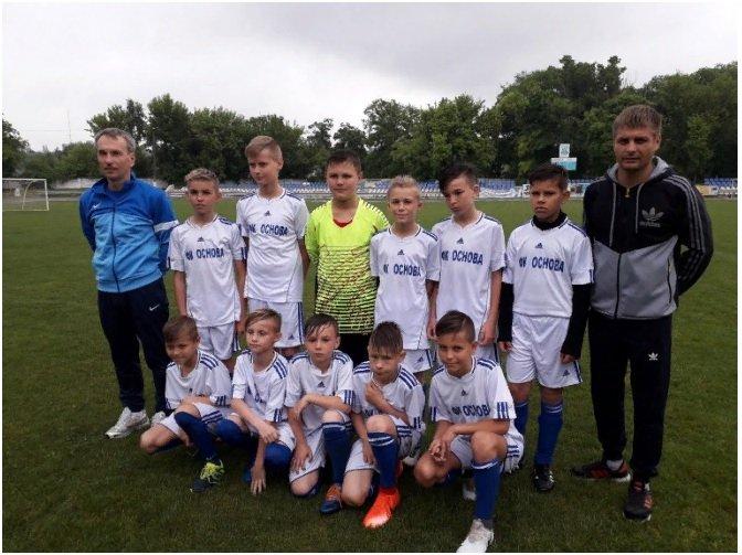 Юные футболисты из Первомайска достойно выступили на Всеукраинском турнире «Кожаный мяч»  Подробнее читайте на Юж-Ньюз: http://xn----ktbex9eie.com.ua/archives/52347