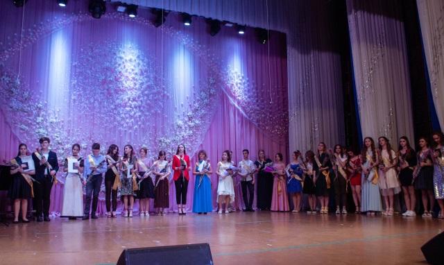 Южноукраїнськ — ЗВІТНИЙ КОНЦЕРТ «ДИТЯЧОЇ ШКОЛИ МИСТЕЦТВ»  Подробнее читайте на Юж-Ньюз: http://xn----ktbex9eie.com.ua/archives/51947
