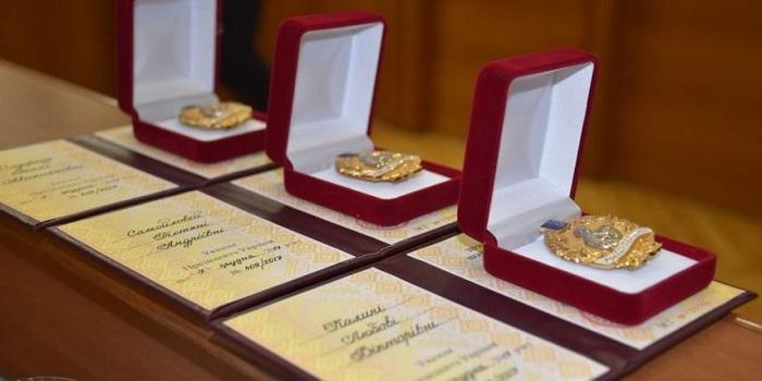 616 украинок получили почетное звание «Мать-героиня» Подробнее читайте на Юж-Ньюз: http://xn----ktbex9eie.com.ua/archives/50770