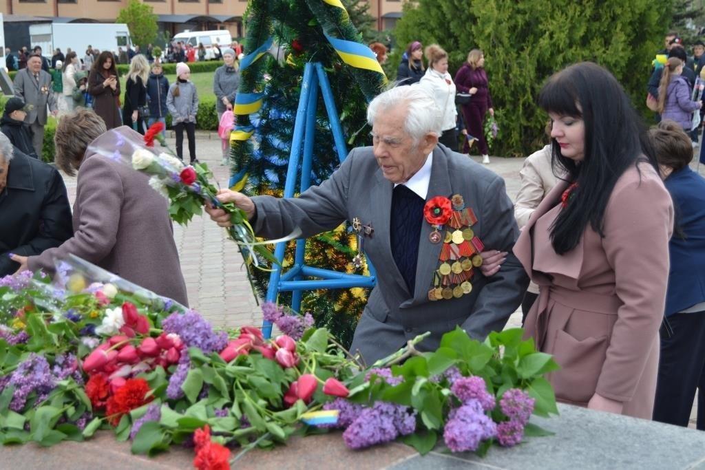 Працівники ВП ЮУАЕС взяли участь в урочистостях до Дня Перемоги над нацизмом у Другій світовій війні  Подробнее читайте на Юж-Ньюз: http://xn----ktbex9eie.com.ua/archives/50610