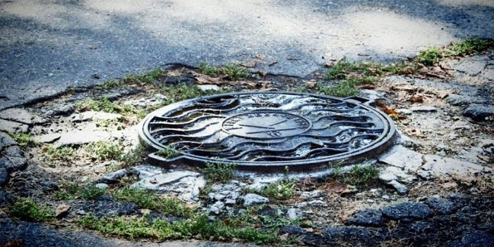 В Харьковской области на территории детского сада нашли тела отца и дочери Подробнее читайте на Юж-Ньюз: http://xn----ktbex9eie.com.ua/archives/54039