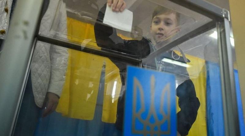 В Украине началось голосование на досрочных выборах в Верховную Раду Подробнее читайте на Юж-Ньюз: http://xn----ktbex9eie.com.ua/archives/57747
