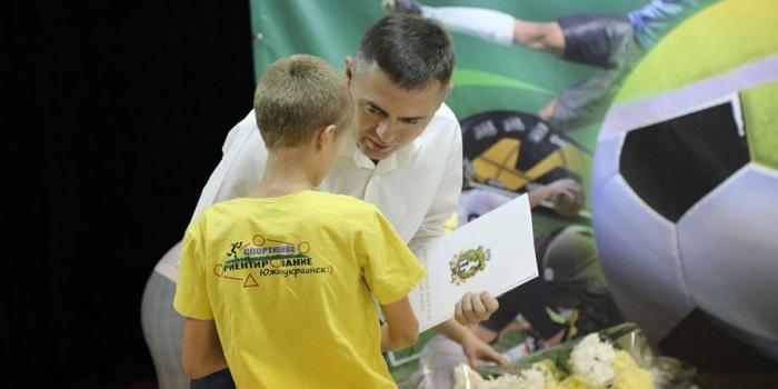 В городе-спутнике ЮУАЭС отметили лучших спортсменов Подробнее читайте на Юж-Ньюз: http://xn----ktbex9eie.com.ua/archives/61963