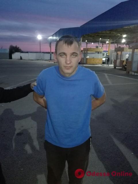 В Одесской области задержали сбежавшего из колонии убийцу Подробнее читайте на Юж-Ньюз: http://xn----ktbex9eie.com.ua/archives/63241