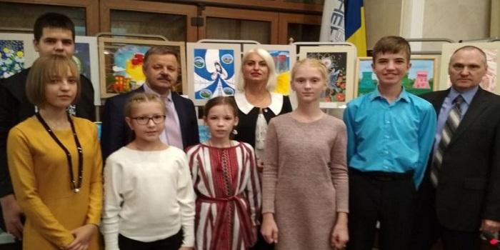 Дети из города-спутника ЮУАЭС получили максимум наград на конкурсе «Энергоатом»: делаем Украину светлее» Подробнее читайте на Юж-Ньюз: http://xn----ktbex9eie.com.ua/archives/62451