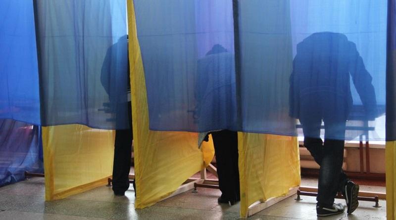 Местные выборы пройдут по мажоритарной системе, — нардеп от СН Безгин Подробнее читайте на Юж-Ньюз: http://xn----ktbex9eie.com.ua/archives/68322