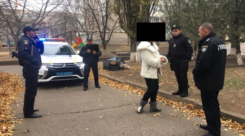 В Южноукраїнську, поліція, затримала місцеву мешканку Подробнее читайте на Юж-Ньюз: http://xn----ktbex9eie.com.ua/archives/67355