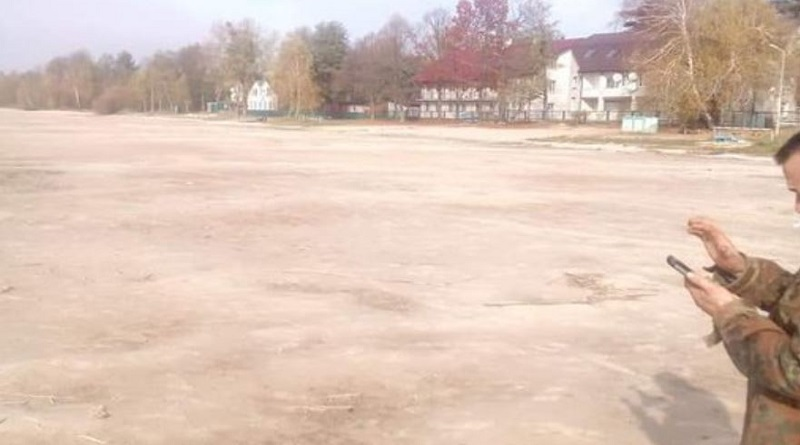 Знаменитое волынское озеро Свитязь, умирает. Подробнее читайте на Юж-Ньюз: http://xn----ktbex9eie.com.ua/archives/66042