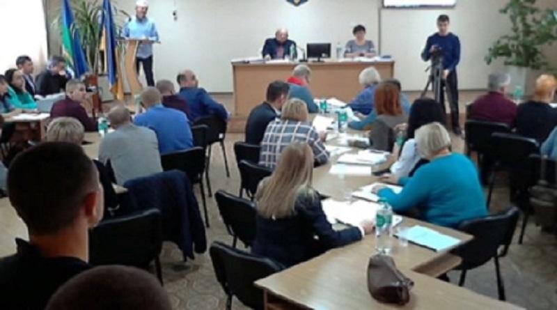 Горностай и Ко пришли на сессию городского совета, чтобы проигнорировать вопросы общежития №6 и детсада №8 Подробнее читайте на Юж-Ньюз: http://xn----ktbex9eie.com.ua/archives/68363