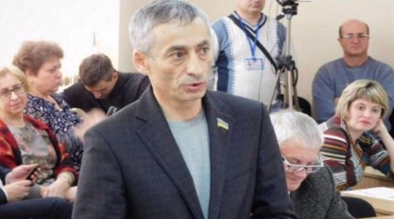 Депутату Григоряну поступают угрозы от барыги Барсегяна Подробнее читайте на Юж-Ньюз: http://xn----ktbex9eie.com.ua/archives/70201
