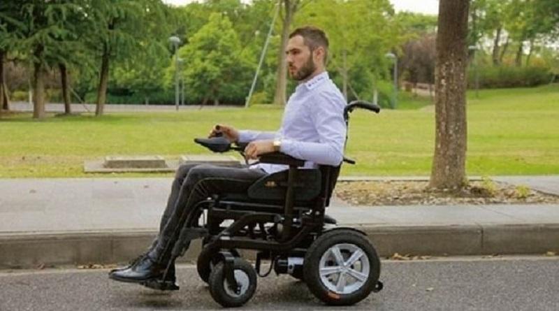 В Украине лиц в инвалидных колясках приравняли к участникам дорожного движения на велосипедах Подробнее читайте на Юж-Ньюз: http://xn----ktbex9eie.com.ua/archives/69756
