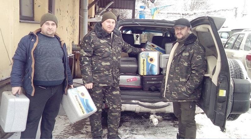 Южно-украинские волонтеры-атомщики вручили 16 квадрокоптеров украинским военным в зоне проведения ООС Подробнее читайте на Юж-Ньюз: http://xn----ktbex9eie.com.ua/archives/72964