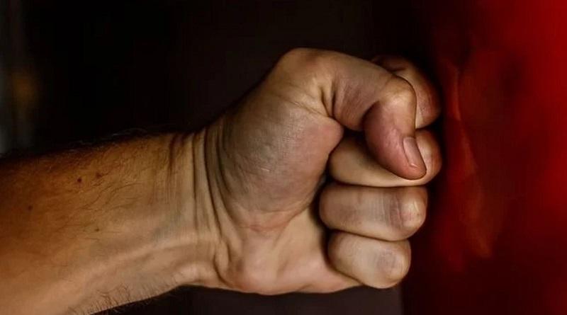 В Первомайске неизвестные до смерти забили 55-летнего мужчину Подробнее читайте на Юж-Ньюз: http://xn----ktbex9eie.com.ua/archives/79194/%D0%B2-%D0%BF%D0%B5%D1%80%D0%B2%D0%BE%D0%BC%D0%B0%D0%B9%D1%81%D0%BA%D0%B5-%D0%BD%D0%B5%D0%B8%D0%B7%D0%B2%D0%B5%D1%81%D1%82%D0%BD%D1%8B%D0%B5-%D0%B4%D0%BE-%D1%81%D0%BC%D0%B5%D1%80%D1%82%D0%B8-%D0%B7