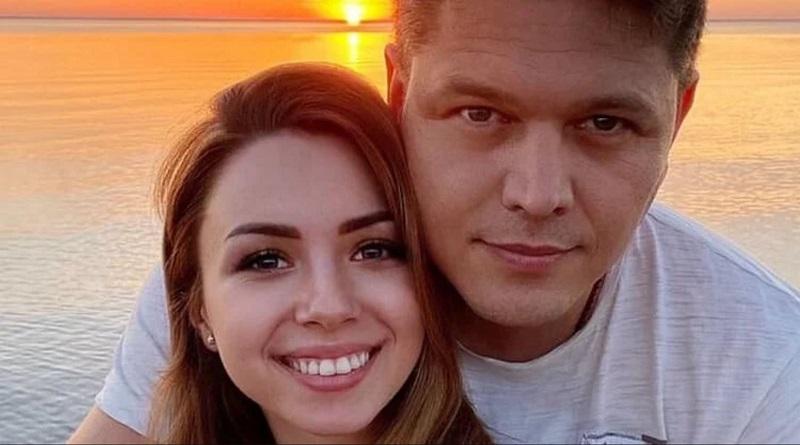 Love Story. У главы Госмиграционной службы случилась любовь с той самой украинкой, хозяйкой собаки из Уханя