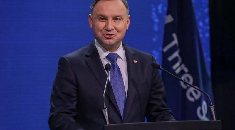 Президент Польши изменил свое мнение за неделю и выступил в поддержку абортов