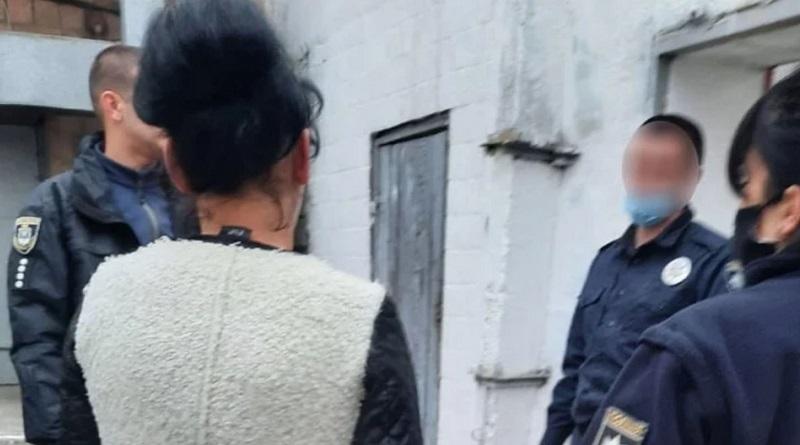 Женщина, обворовавшая врачей в Вознесенске, ранее уже была осужденной и скрывалась от полиции