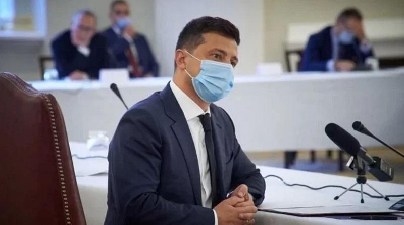 Зеленский анонсировал всеукраинский опрос 25 октября