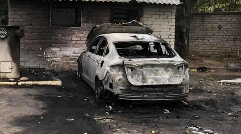 В Николаеве активисту сожгли автомобиль