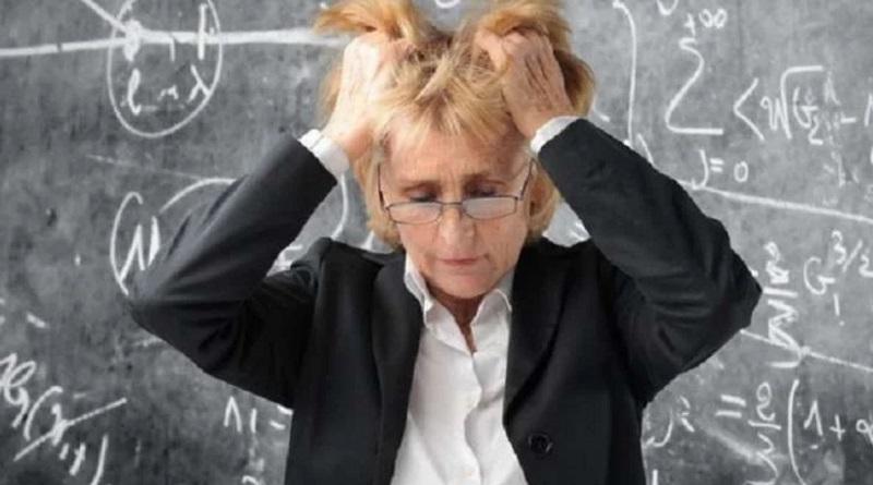 В МОН объяснили, какую роль должен играть учитель в жизни ребенка