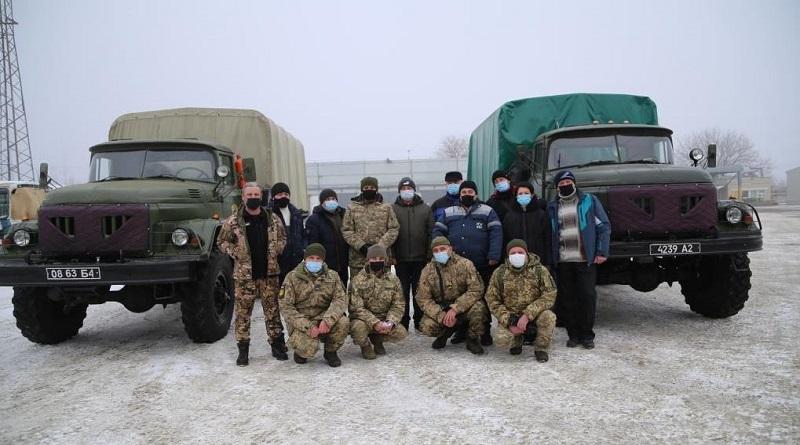 Южно-украинские волонтеры-атомщики отремонтировали и передали два автомобиля ЗИЛ-131 бойцам ВСУ