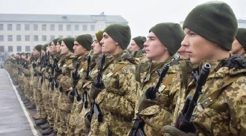 Зеленский утвердил сроки проведения очередных призывов в 2021