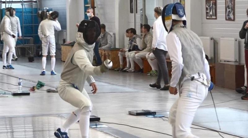 В Николаеве проходит чемпионат Украины по фехтованию