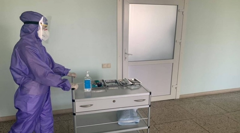 За 2020 год 73 тысячи украинских медиков потеряли работу