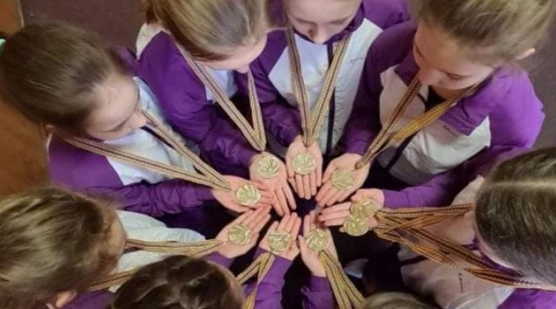 Николаевские спортсмены завоевали медали на чемпионате по синхронному плаванию