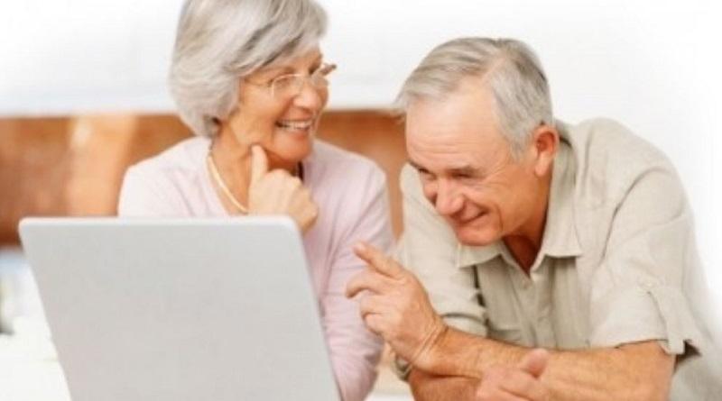 Украинцы смогут выходить на пенсию в любом возрасте