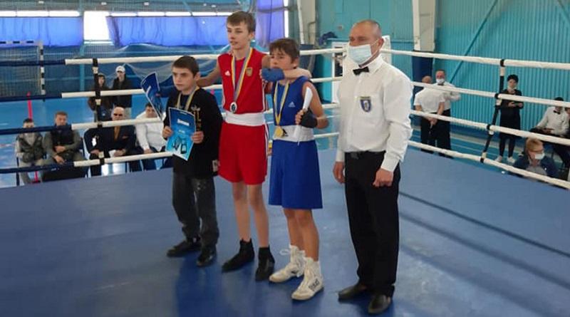 Юні южноукраїнці завоювали нагороди на Регіональному Чемпіонаті України з боксу