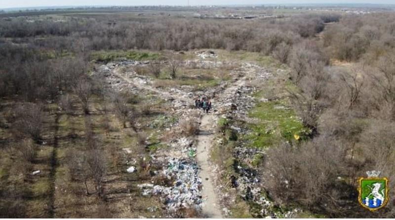 Незаконные свалки возле Южноукраинска показали с высоты птичьего полета