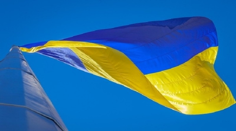 Зеленский заявил, что гигантские флаги должны появиться в городах Украины до 23 августа