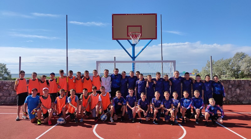 Вихованці ККСС «Олімп» пройшли навчальні збори на березі моря. Фото.