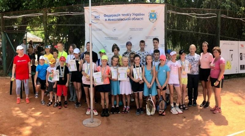 В Николаеве прошел областной турнир по теннису