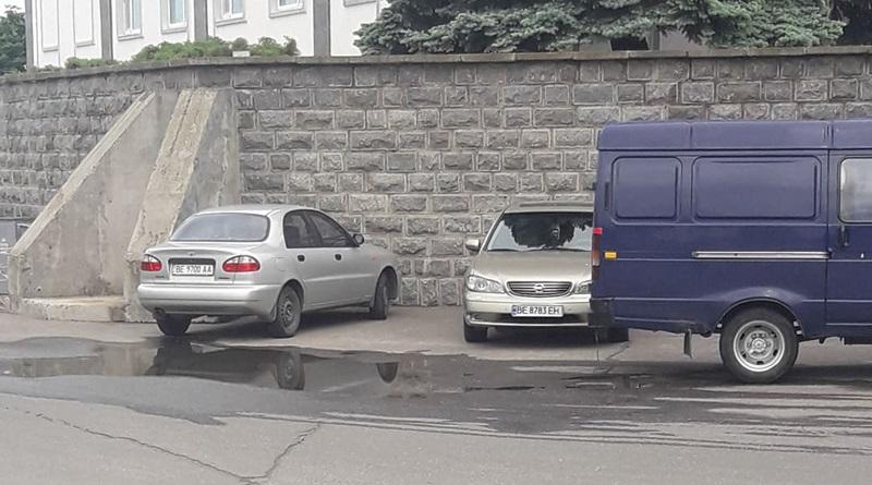 Инвалиды АЭС, проблемы парковки автомобилей.