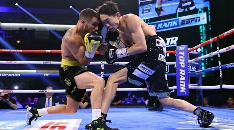Ломаченко выиграл бой нокаутом