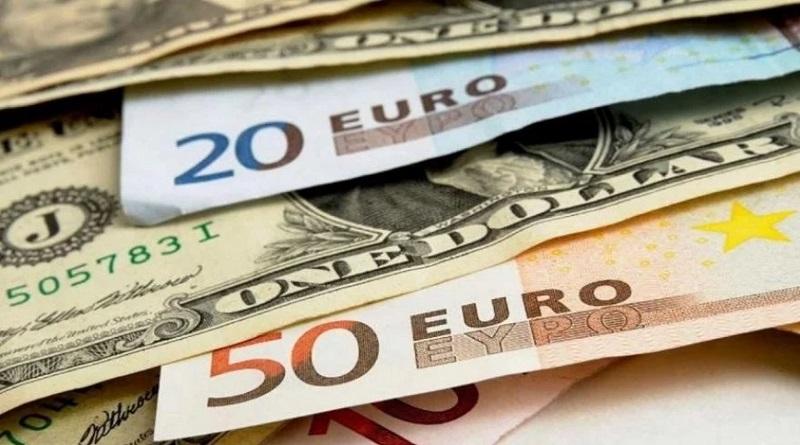 Аналитики посоветовали, в какой валюте лучше хранить сбережения