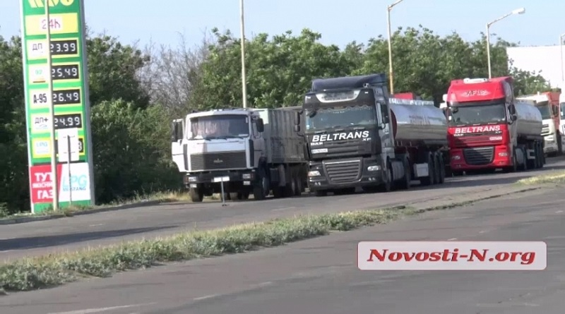 В Николаевской области из-за жары ограничили движение большегрузного транспорта