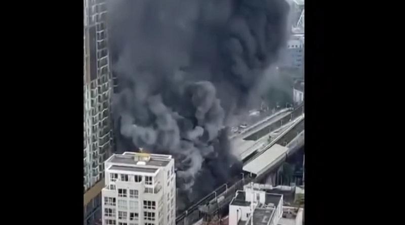 В Лондоне возле станции метро произошел взрыв (видео)