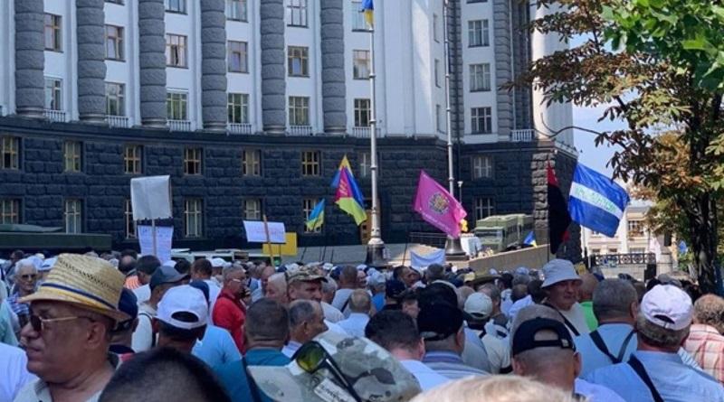 Военным пенсионерам Николаевской области вернут доплату в 2 тысячи гривен
