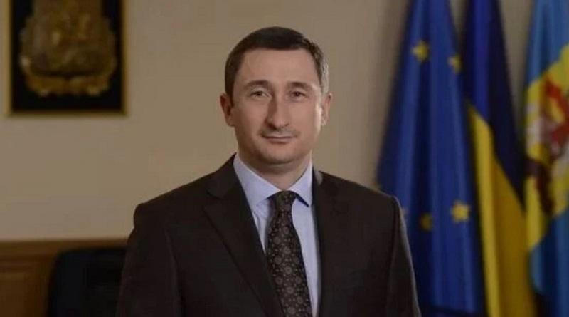 Министр подсчитал, какой должна быть зарплата, чтобы из Украины не уезжали люди