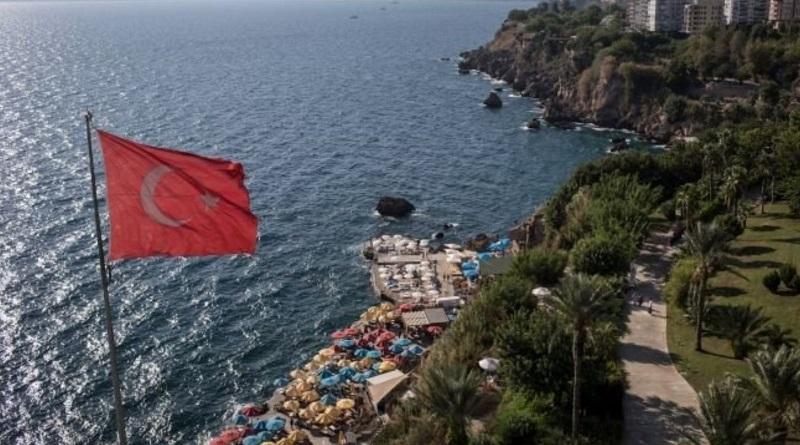 Власти Турции заговорили о закрытии страны для туристов